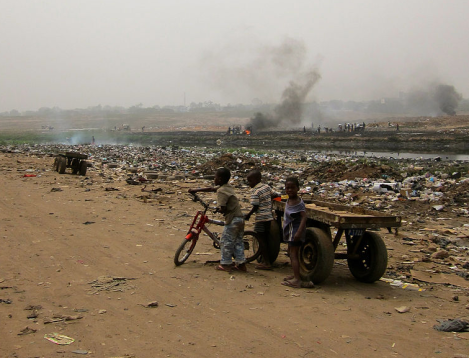 Agbogbloshie near Accra, Ghana, 2012. (Image Credit: Lantus / WikiMedia Commons)